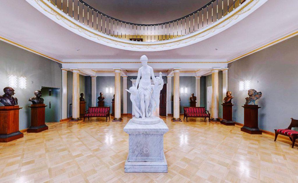 Виртуальный тур по президентскому дворцу в Финляндии