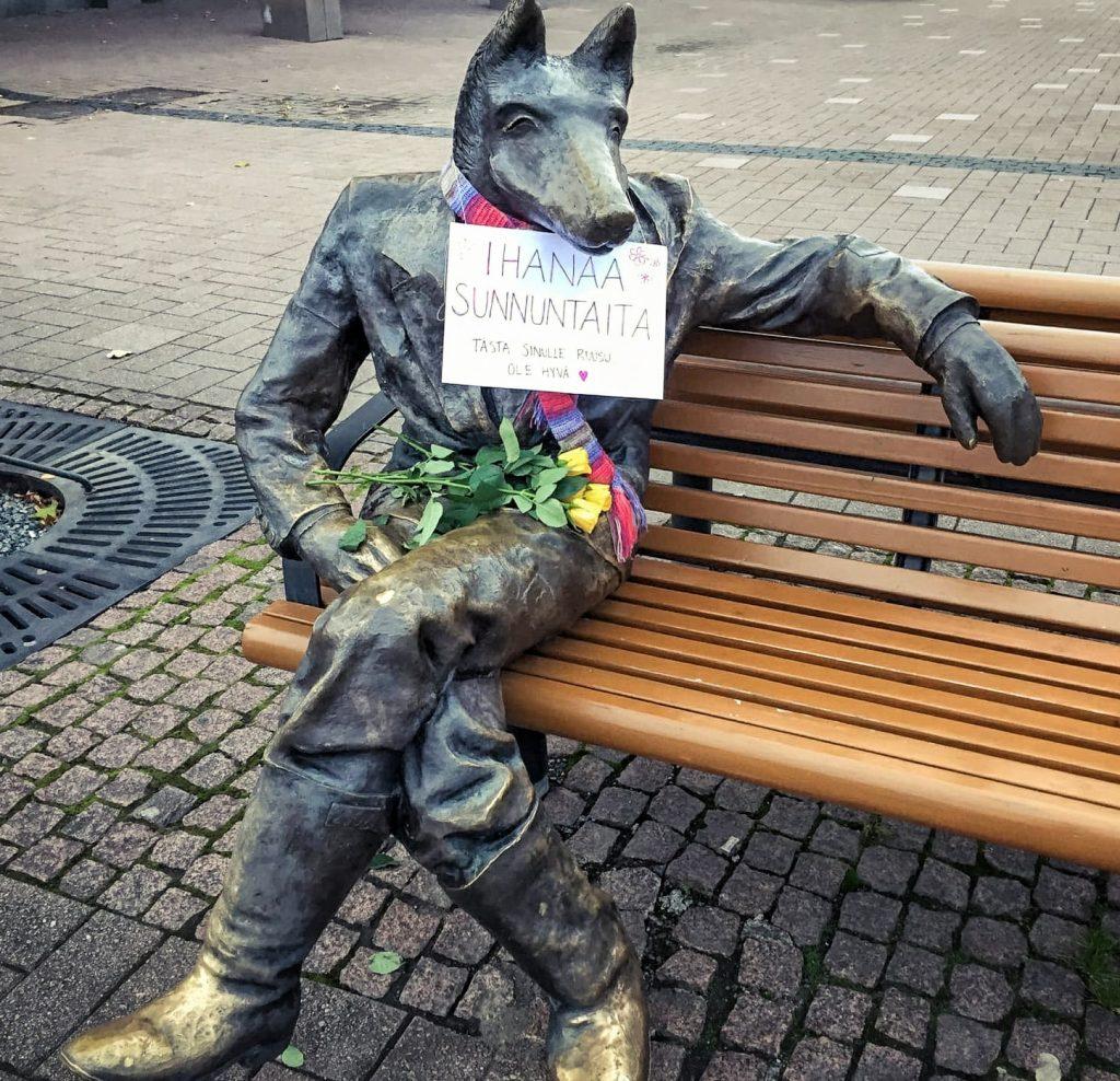 Бесплатные розы от Волка