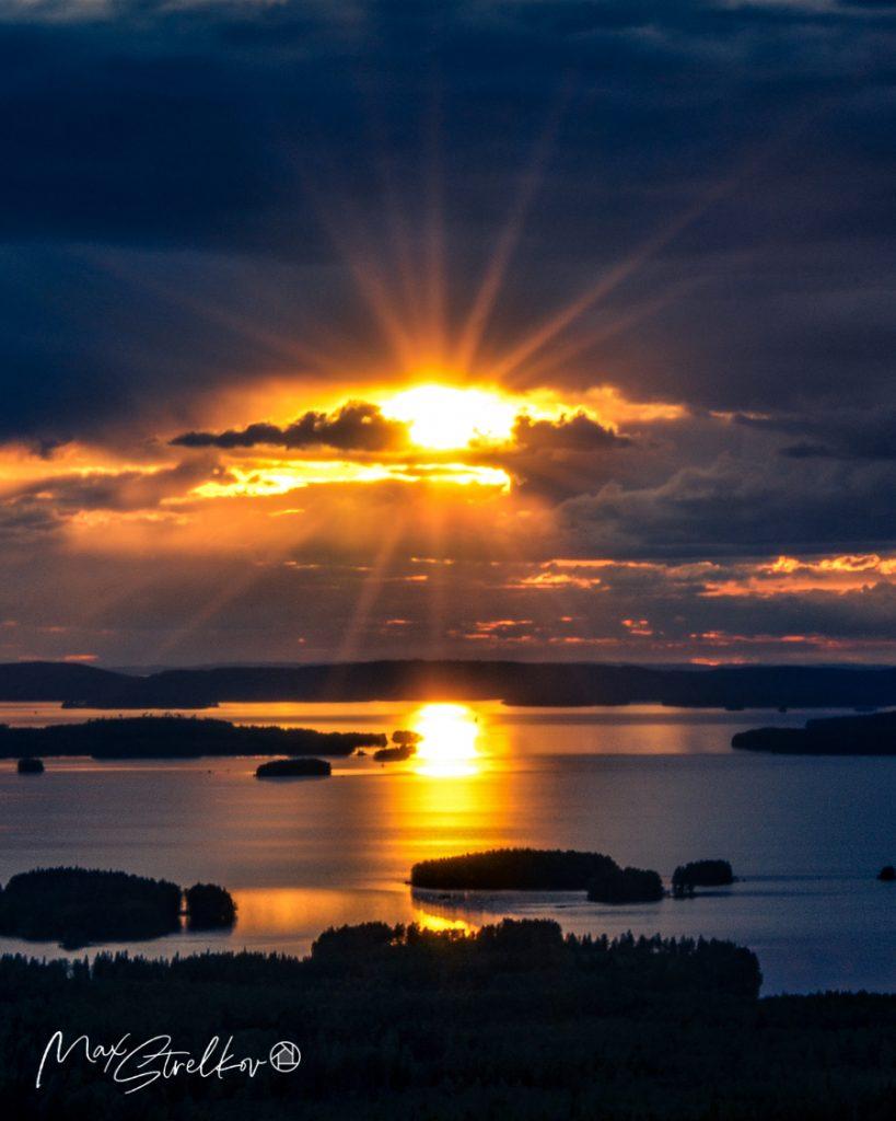 на смотровой вышке в финской Северной Карелии